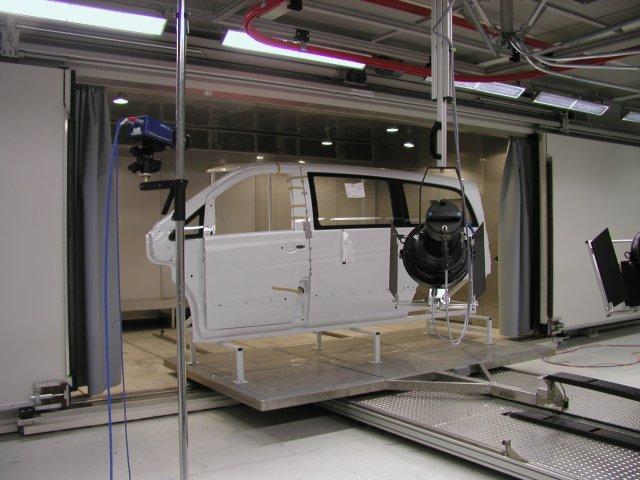 Begehbare Kammer für Airbag-Schussversuche