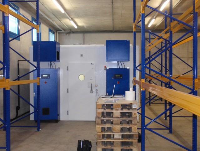 Rumed begehbare Kammer mit redundanter Ausführung